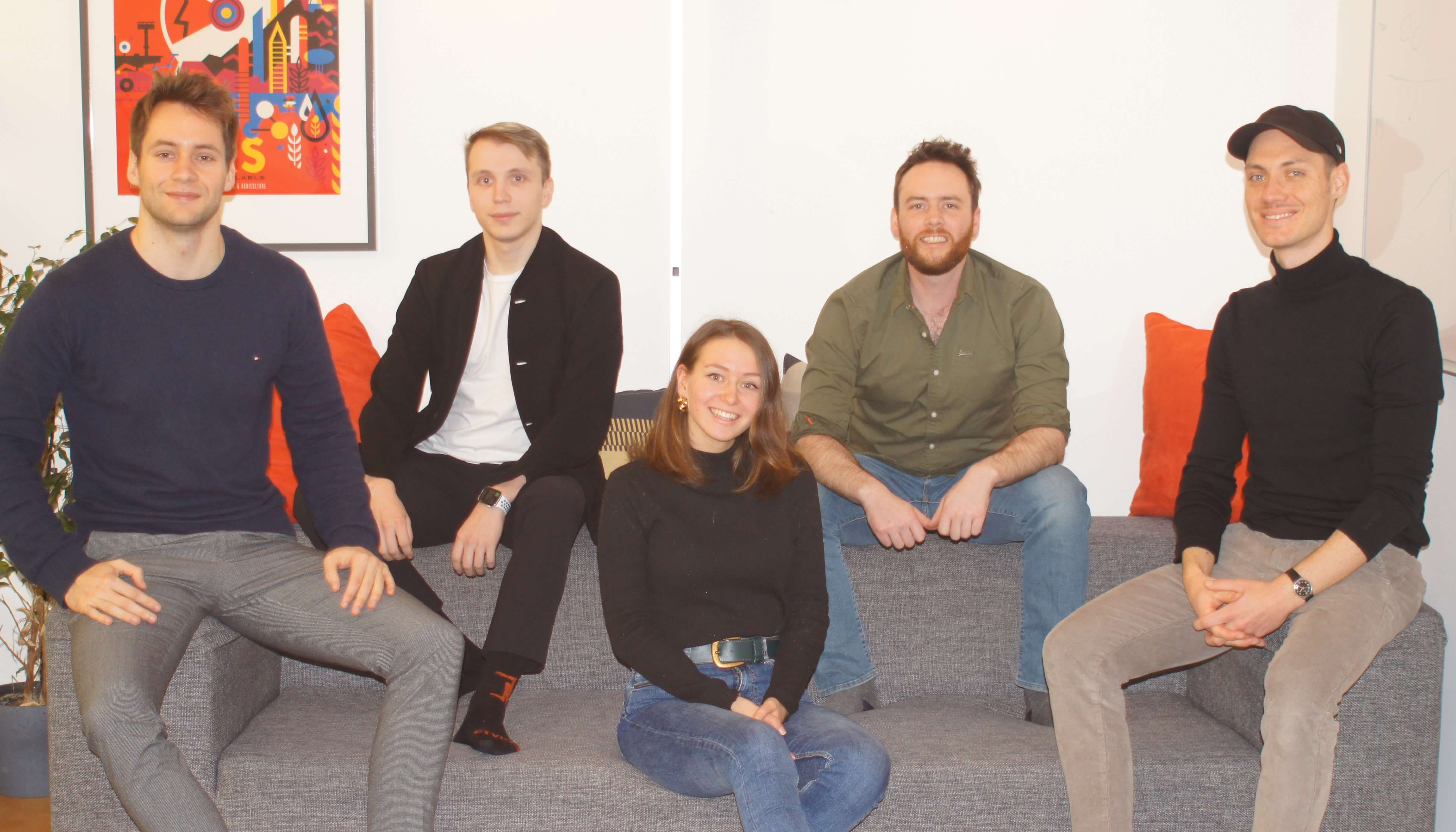 CareerLunch Team